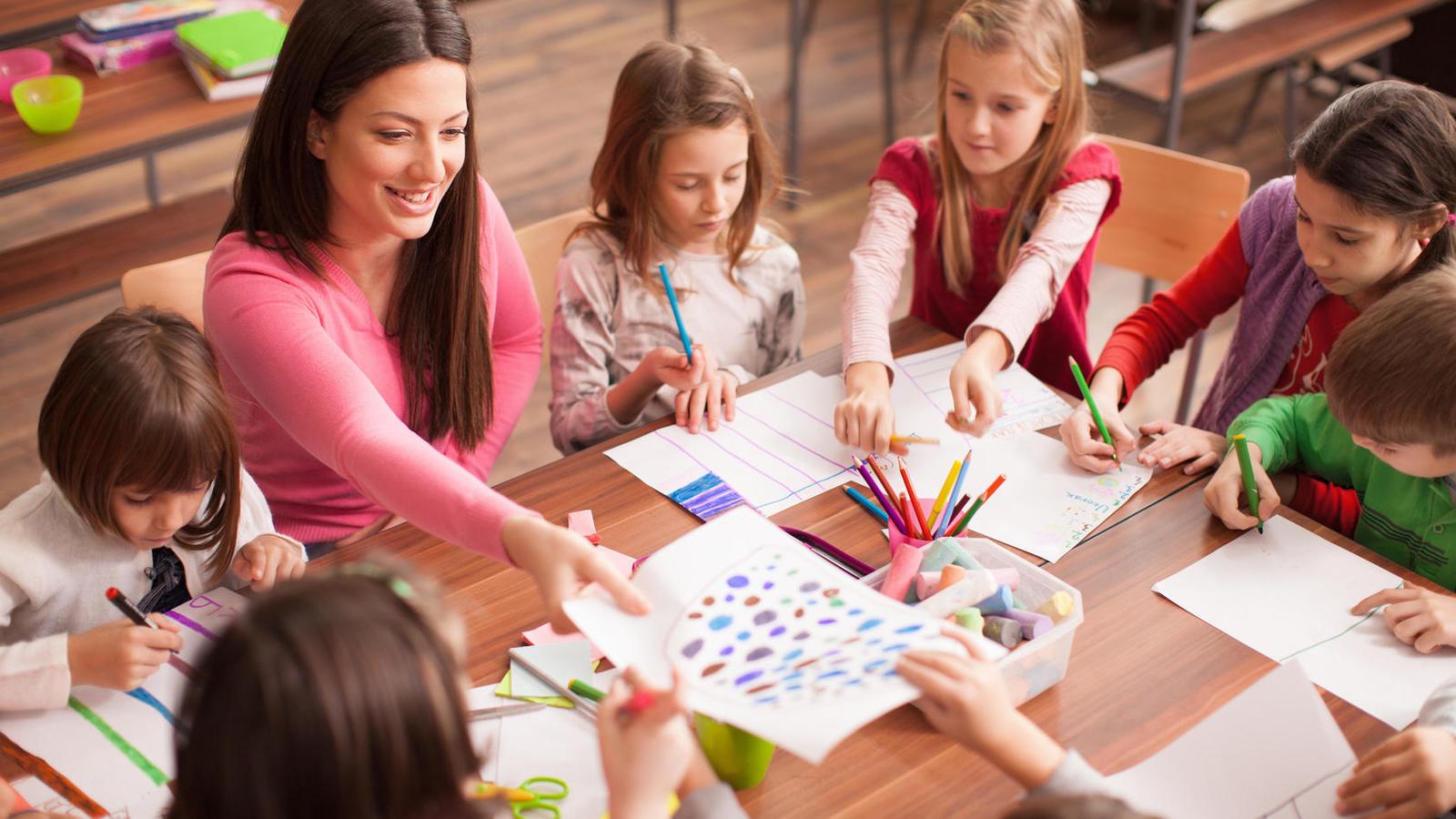 la-web-de-profesores-que-pagan-la-creatividad-de-otros-profesores